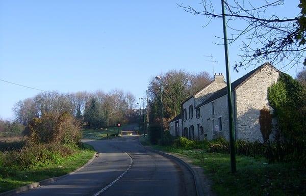 Chapet: le moulin de Maunny ou Grand Moulin à l'entrée du village